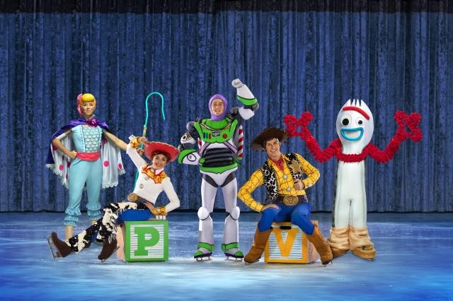 Disney On Ice 2020 - Forky.jpg